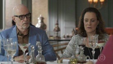 Pedrinho acusa Lourenço de ter provocado Eric intencionalmente - Luíza defende o ex e pede desculpas por tê-lo colocado em uma situação delicada.