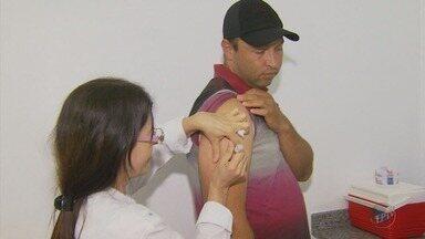 Prefeitura espera vacinar 95% da população contra a febre amarela em Três Corações, MG - Prefeitura espera vacinar 95% da população contra a febre amarela em Três Corações, MG