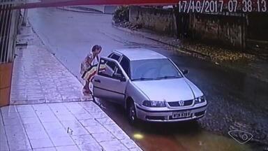 Suspeito de sequestrar menina de 12 anos tem prisão decretada e é considerado foragido - Segundo a Polícia Civil, é Ademir Lúcio quem estava dentro do carro que a garota entrou no dia que desapareceu. Thayna está desaparecida desde 17 de outubro.