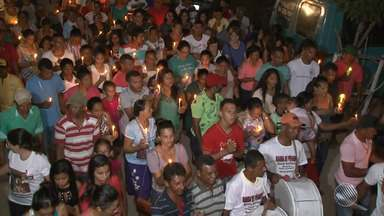 Religiosos de vários estados participam da Romaria do Sagrado Coração de Jesus, em Curaçá - Cerca de seis mil pessoas devem participar da romaria; confira.