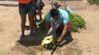 Cinquenta mil pessoas passaram pelos cemitérios públicos de Campina Grande - Veja como foi a visitação.