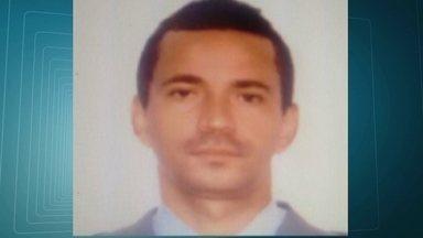 Mais um policial militar é assassinado no Rio de Janeiro - Alessandro Galdino, de 44 anos, foi assassinado durante um assalto. Quando os bandido chegaram, o PM estava com o carro cheio de brinquedos para distribuir para crianças. Já chega a 115 o número de policiais mortos no estado.