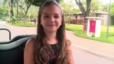 Temporada especial vai ao ar a partir de segunda, 06/11 - Atriz é a estrela da série 'A Cara do Pai'