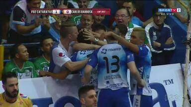 Foz Cataratas se prepara para encarar o Joinvile na semi final da liga de futsal - Equipes se enfrentam no jogo de ida.