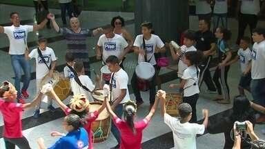 Agora campeã internacional, destaque do judô pernambucano é recebida com festa no Recife - Agora campeã internacional, destaque do judô pernambucano é recebida com festa no Recife