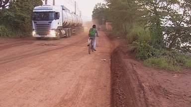 Moradores da estrada do Belmont cobram mellhorias na estrada - Outro problema que aflige os moradores é uma área no local que está desbarrancando.