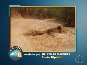 Confira os destaques Do VC no MGTV - Moradores reclamam do lixo e entulho alem da falta de asfaltam em algumas ruas da cidade de Montes Claros.