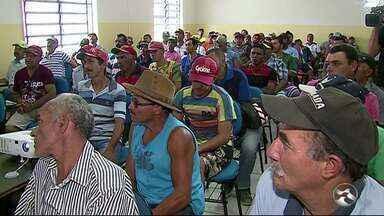 Carroceiros começam a receber capacitação nesta quarta-feira (8) em Caruaru - Quase 600 carroceiros que trabalham na Feira da Sulanca participarão do curso.