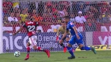 Melhores momentos: Flamengo 2 x 0 Cruzeiro pela 33ª rodada do Brasileirão - Melhores momentos: Flamengo 2 x 0 Cruzeiro pela 33ª rodada do Brasileirão