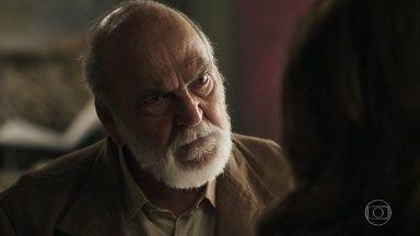 Josafá ameaça Sophia - Avô de Clara afirma que a mãe de Gael foi a mentora do atentado contra ele