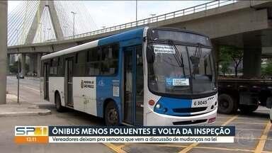 Votação de mudanças na lei de ônibus menos poluentes fica para semana que vem - A Câmara dos Vereadores de São Paulo não votou a mudança na lei que pode aumentar o prazo para os ônibus poluíram menos e também trazer de volta a inspeção veicular.