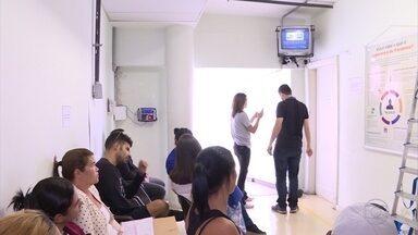 Técnicos da Patrulha Digital visitam o Hospital São Francisco em Belo Horizonte - Algumas TVs que ainda estavam com o sinal analógico já ganharam som e imagem de alta qualidade.