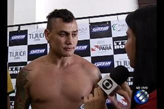 Pugilista Acelino Popó faz pesagem para luta que encerrará carreira - Atleta está confiante no nocaute. O internauta do GloboEsporte.com poderá escolher a roupa que Popó entrará no ringue
