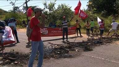 Centrais sindicais protestam contra reforma trabalhista e previdenciária - Centrais sindicais protestam contra reforma trabalhista e previdenciária