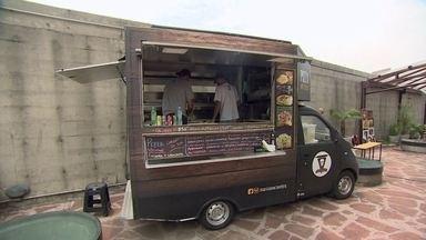 Fim da onda do food truck leva empresários a se reinventarem - O número de food trucks em São Paulo caiu pela metade e quem continuou no setor, precisa mostrar que entende do trabalho.