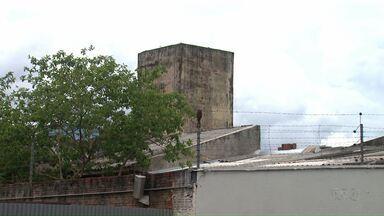 Em Maringá presos fazem princípio de rebelião durante transferência de nove detentos - A situação foi controlada horas depois.