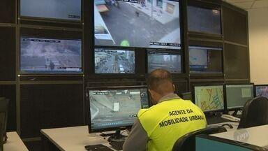 Câmeras de monitoramento aplicam 71 multas em uma semana em Campinas - Por enquanto, 15 cruzamentos da região central da cidade são monitorados.