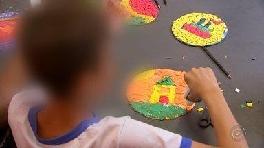 Sintomas do TDAH podem diminuir ao longo dos anos - Os sintomas do TDAH – Transtorno do Déficit de Atenção e Hiperatividade podem diminuir ou sumir ao longo dos anos, se descoberto na infância.