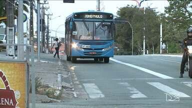 SMTT prorroga prazo de orientação a motoristas sobre faixas exclusivas - Faixas são de exclusividade de ônibus, ambulâncias, táxis com passageiro e viaturas das polícias e da SMTT.