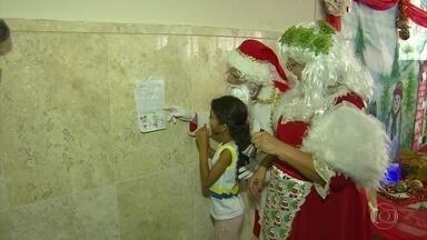 Campanha Papai Noel dos Correios disponibiliza cartas de crianças com pedidos de presentes - Crianças tem até o dia 11 de dezembro para enviar cartas, que podem ser adotadas até 22 de dezembro.