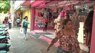 Pesquisa mostra que 87% dos brasileiros pretendem comprar na Black Friday - Pesquisa mostra que 87% dos brasileiros pretendem comprar na Black Friday