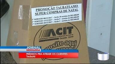 Comerciantes de Taubaté apostam em prêmios e promoções para o Natal - Até quem comprar produtos para ceia pode concorrer.