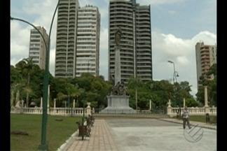Com um ano de atraso, Praça da República é entregue reformada à população de Belém - Praça deve receber programações que resgatem o tradicional espaço de lazer da cidade.