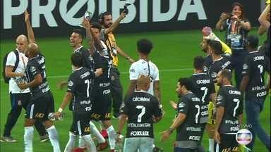 Confira clipe com momentos marcantes da conquista corintiana no Brasileirão - Confira clip com moemntos marcantes da conquista corintiana no Brasileirão