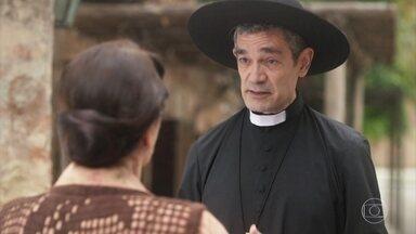 Padre Lúcio conta a Henriqueta que Inácio se casará no Brasil - Ele lhe passa o endereço do rapaz