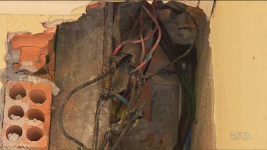 Mais de 3 mil ligações clandestinas de energia foram identificadas pela Copel em Curitiba - A Copel afirma que esse foi o levantamento de janeiro a setembro desse ano. Um empresário foi preso em flagrante na quinta-feira (16) suspeito de furtar energia, o conhecido gato.