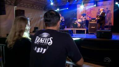 Festival temático reúne fãs de Beatles em São Francisco de Paula - Assista ao vídeo.