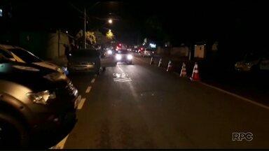 Polícia militar ocupa bairros da zona leste de Londrina - A operação começou na noite de sábado (18) após criminosos colocarem barreiras nas entradas dos bairros.