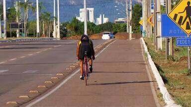 Professor é atropelado enquanto treinava grupo de ciclistas em Palmas - Professor é atropelado enquanto treinava grupo de ciclistas em Palmas