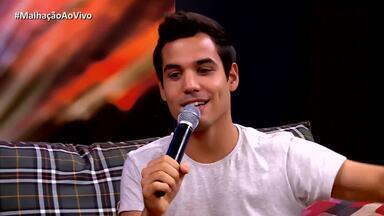 Bruno Gadiol fala como foi gravar cena do beijo de Gunê - Isabella Scherer diz que shippa o casal