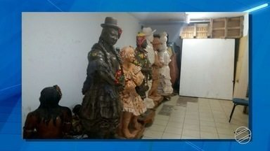 Artesãs protestam contra a perda de espaço para expor obras em Campo Grande - O protesto foi realizado na tarde desta segunda-feira (20) na capital de Mato Grosso do Sul.