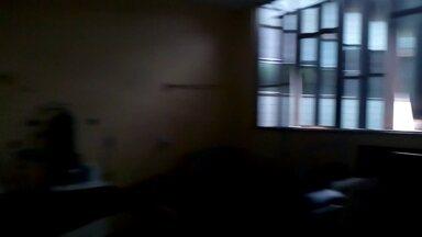 A falta de luz prejudica o atendimento num hospital do estado - O hospital estadual Eduardo Rabelo, em Campo Grande, referência no cuidado com idosos, ficou sem luz por quase vinte horas neste sagunda-feira