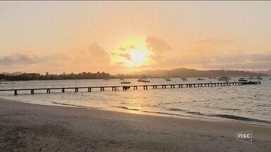Transatlânticos devem atracar em Florianópolis a partir de março de 2018 - Transatlânticos devem atracar em Florianópolis a partir de março de 2018