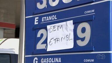 Após queda nos preços por ordem judicial, motoristas não encontram etanol em postos - Consumidores desconfiam empresários estejam ocultando produto para obrigar comercialização da gasolina, que segue cara. No entanto, estabelecimentos alegam alta procura.
