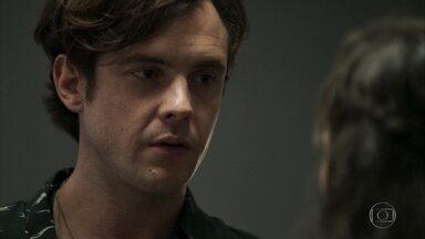 Clara recusa o pedido de Gael para voltarem - Eles assinam o divórcio
