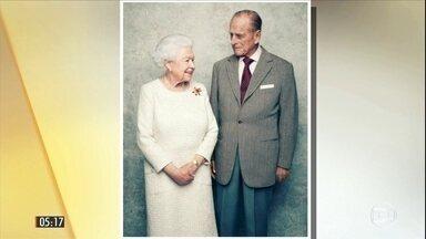 Rainha Elizabeth II e o príncipe Philip celebram 70 anos de casados - Essa é a primeira vez, na história da realeza britânica, que um monarca comemora 'bodas de platina' no Reino Unido, o equivalente a 'bodas de vinho' no Brasil.