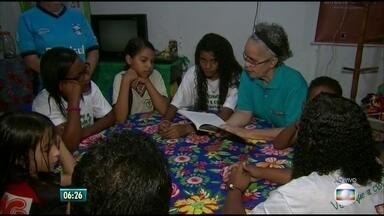 Ação incentiva gosto pela literatura em comunidade do Recife - Programação ocorre na comunidade do Coque