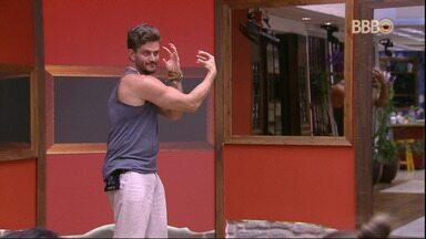 Big Brother Brasil 17 - Comédia Ep. 8 - Ep. 273