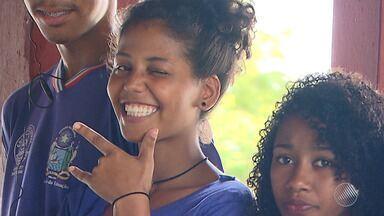 """'Bahia Street Art Festival': escola municipal promove aulas de skate, em Simões Filho - Confira os detalhes na matéria sobre o """"Bahia Street Art Festival""""."""