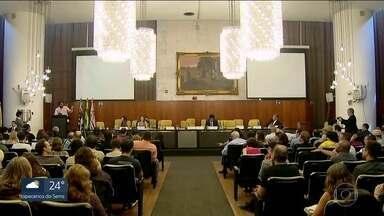 Câmara de São Paulo não tem mais intérprete de Libras - Nesta terça (21) e quarta (22), vereadores discutem o orçamento da cidade.