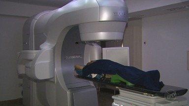 Aparelho diminui efeitos colaterais de tratamento a pacientes do HC de Barretos - Tecnologia ajuda quem depende de sessões de radioterapia.