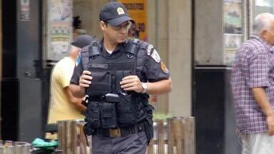 Policiamento na área central de Campos, RJ, é reforçado - Assista a seguir.