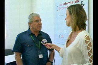 JA Ideias: planejamento é o primeiro passo para quem pretende empreender, Bagé, RS - Conhecer o mercado é uma das dicas do professor João Henrique.