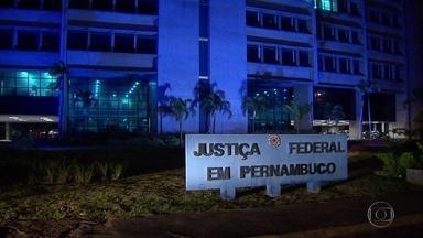 Oito pessoas suspeitas de desvios nas verbas para vítimas das chuvas estão presas - Parte dos detidos já haviam sido presos na primeira etapa da Operação Torrentes.