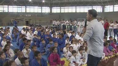 Santos recebe festival de judô - No Sesc de Santos, mais um festival inspirou futuros atletas.