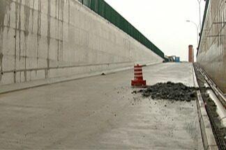 Prefeitura deve inaugurar segundo túnel de complexo viário em dezembro - Comerciantes aguardam ansiosos pela entrega.